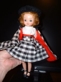 BETSY McCALL 8 INCH IN ALL ORIGINAL CLOTHES BOTH BARETTS EXCEL