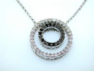 BLACK & WHITE DIAMOND 14KT WHITE GOLD CIRCLE PENDANT NECKLACE