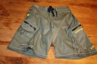 Body Glove Mens Army Green Swim Trunks Board Shorts Size 28