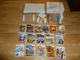Wii Console Bundle Sixteen Games Wii Balance Board Plus More