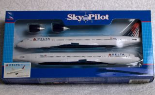 Sky Pilot Boeing 777 200 Delta Airlines Model Discontinued Ships Free