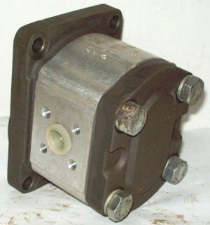 Bosch Rexroth Hydraulic Power Steering Gear Pump for Tractor 0510 325