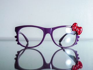 Wayfarer style Hello Kitty Clear Glasses Sunglasses Purple Red Bow