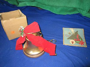 VINTAGE MUSICAL CHRISTMAS BELL in Bells