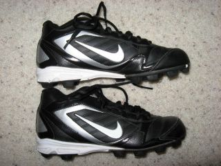 Boys Nike Football Cleats Sz 5 5 Mint