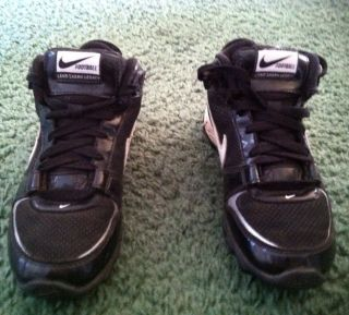 Nike Youth Football Cleats Size 3Y