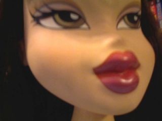 MGA Large Bratz Doll Jasmine Styling Head with Brown Hair Star Bottom