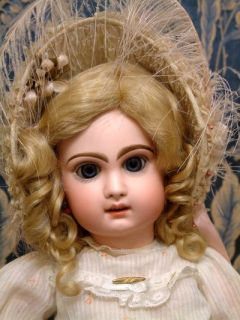 Extraordinarily Gorgeous 22 Jumeau Bebe Antique French Doll With Very