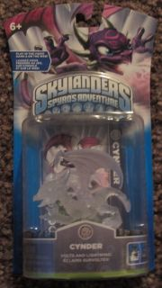 Skylanders Skylander New SEALED Crystal Clear Cynder RARE Collectible