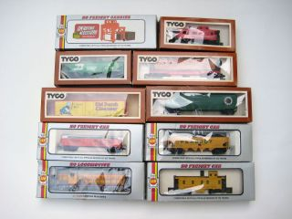 10 TYCO AHM HO Scale Trains Chattanooga Freight Union Pacific