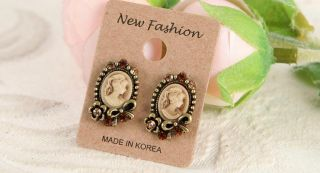 Earrings Vintage Style Antique Gold Plated Fashion Stud Earrings Brown