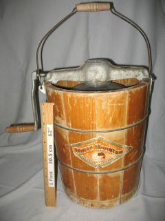 Dasher Beater VINTAGE 4 Qt WHITE MOUNTAIN WOOD BUCKET ICE CREAM MAKER