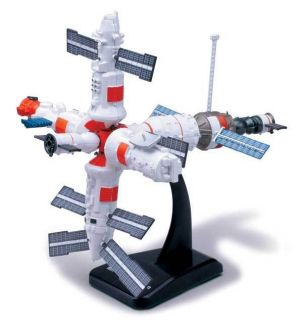 In Air EZ Build MIR Space Station Plastic Model Kit Brand New in Box