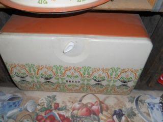 VINTAGE CANNISTER SET #1BREAD BOXCAKE PANFLOUR , SUGAR, COFFEE!