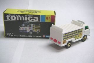 Vintage Tomica 87 Nissan Caball Route Truck Japan RARE
