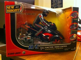CAN AM FULL FUNCTION R/C RADIO CONTROL SPYDER MOTORCYCLE W/ RIDER RED