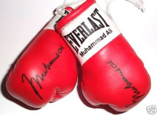 Autographed Mini Boxing Gloves Muhammad Ali