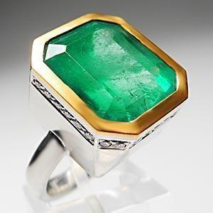 Custom 15 Carat Emerald Diamond Cocktail Ring Solid Platinum 22K Gold