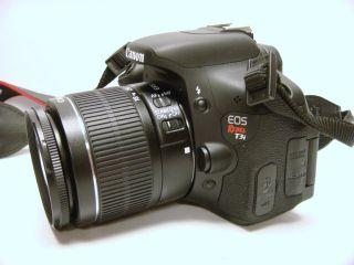 Canon EOS Rebel T3i Digital SLR Camera w Case