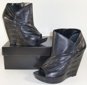 Carlos Santana Camino 6 5 M Black Leather Ankle Wedged Booties Womens