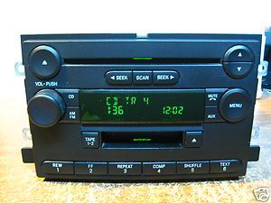 04 F150 Cassette CD Player Radio 4L3T 18C868 FD