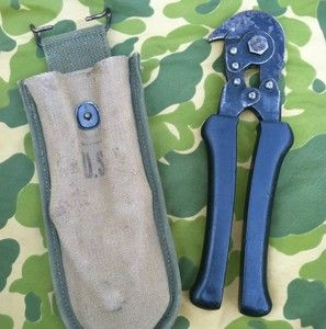 WWII US Army Engineer Wire Cutters with Carrier