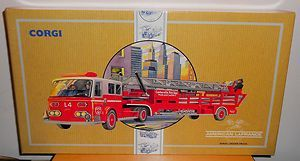 Corgi 97321 Aerial Ladder Truck Centerville Fire Brigade