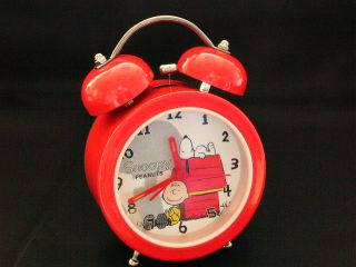 ac082 snoopy and charlie brown twin bell alarm clock