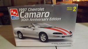 Chevrolet Camaro 30th Anniv 1 25 Scale Open Plastic Model Car Kit