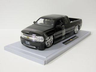 2003 Chevy Silverado Diecast Model Truck Jada Dub City 1 18 Scale