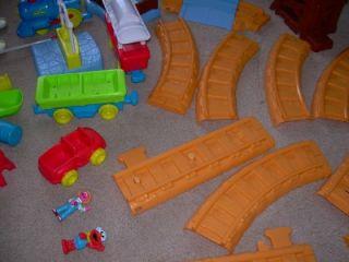 Sesame Street Elmos Radio Control Railroad Train Set Works Holiday