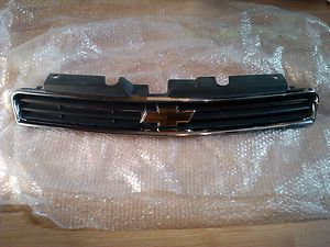 Chevrolet Impala Monte Carlo 2006 2009 Complete front upper grille
