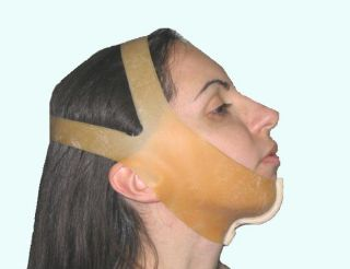 Belmento Chin Band in Rubber Latex Against Double Chin
