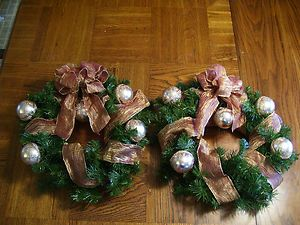 Holiday 17 inch Artificial Handcrafted Christmas Wreath