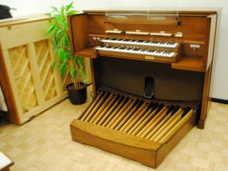 Rogers Church Organ 700 Series