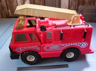 Tonka Large Fire Truck No 5 Hasbo 1999 Item 90219