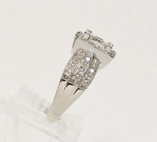 STUNNING ~ 14K WHITE GOLD .90cttw DIAMOND CLUSTER RING