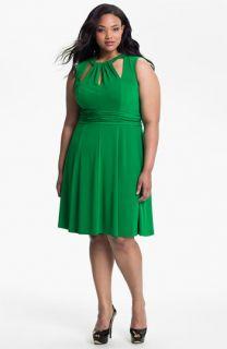 Donna Ricco Cutout Sleeveless Dress (Plus)