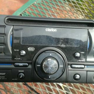 Clarion Double DIN Car Radio for Sale