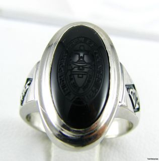 High Point College 10K White Gold Onyx Ring