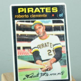 Roberto Clemente 71 Topps Porcelain Card w Stand