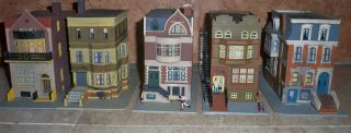 HO SCALE TRAIN BUILDING ROW HOUSES STREET SCENE NEW YORK DRY CLEANERS