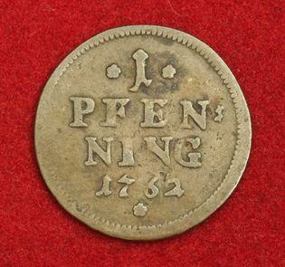 1762, Bavaria, Maximilian III Joseph. Copper Pfennig Coin. VF