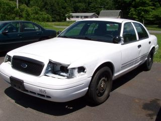 PARTS ONLY 2008 FORD CROWN VICTORIA POLICE INTERCEPTOR USED