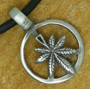 Marijuana Reggae Leaf Silver Pewter Pendant Key Chain
