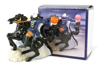 Cranbury Square The Headless Horseman Collectors Teapot
