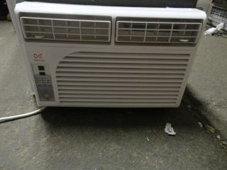 Daewoo DWC F0520RLE 5 300 BTU thru Window Air Conditioner
