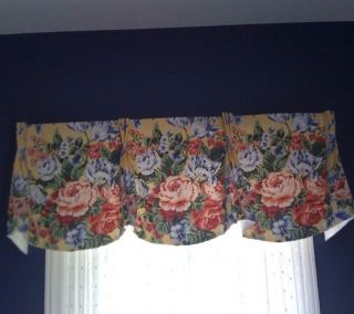 Calico Corners 3 CUSTOM MADE Valance/Curtain    Excellent Used