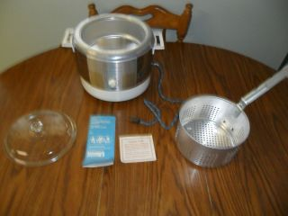 VINTAGE MONTGOMERY WARD SIGNATURE DEEP FRYER/COOKER
