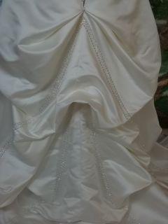 DaVinci Bridal Wedding Dress 8435 Ivory Silver Size 12